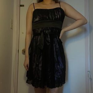 3/$10✨kopa wrap dress
